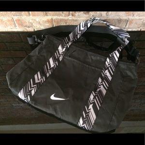 17721e75f7a8 Women s Nike Beach Bag on Poshmark